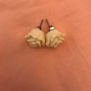 Jewelry - Cream Rose Earrings